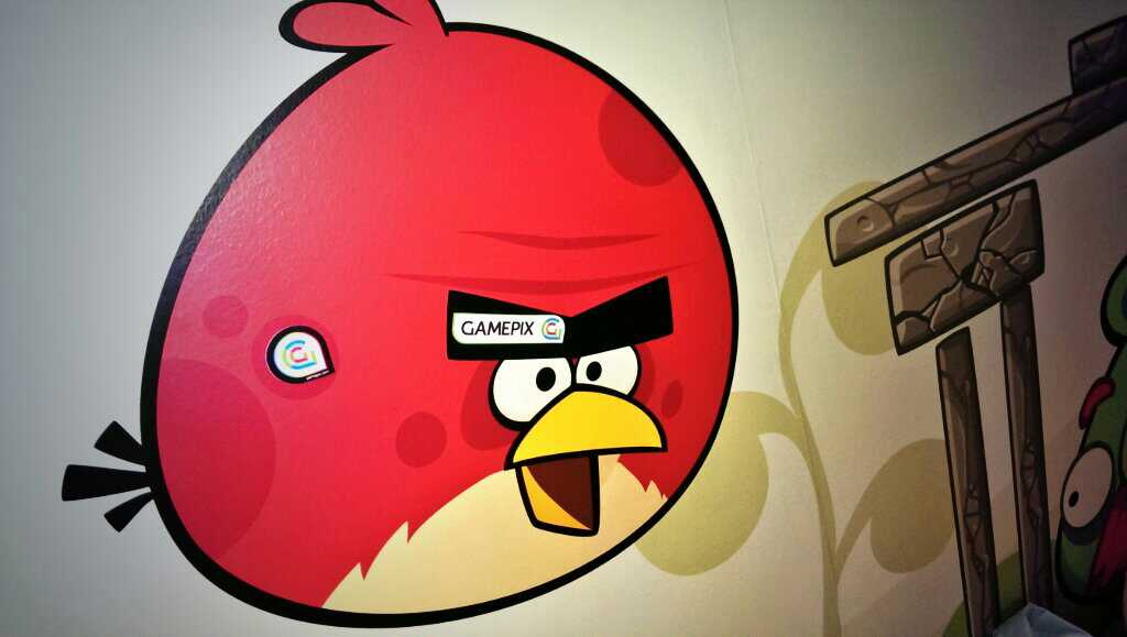 GamePix conquering Angry Birds! ;)